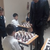 Дармен Садвакасов провел сеанс одновременной игры в новом филиале Академии шахмат
