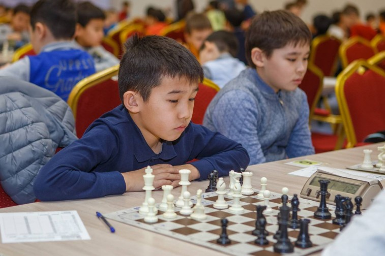 Полуфинал Чемпионата Астаны по шахматам среди детей