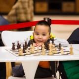 Фоторепортаж из MEGA Silk Way: Сеанс одновременной игры в шахматы с Дарменом Садвакасовым