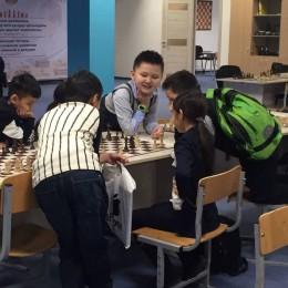 В Академии шахмат Дармена Садвакасова проводится квалификационный турнир с нормой 4 разряда