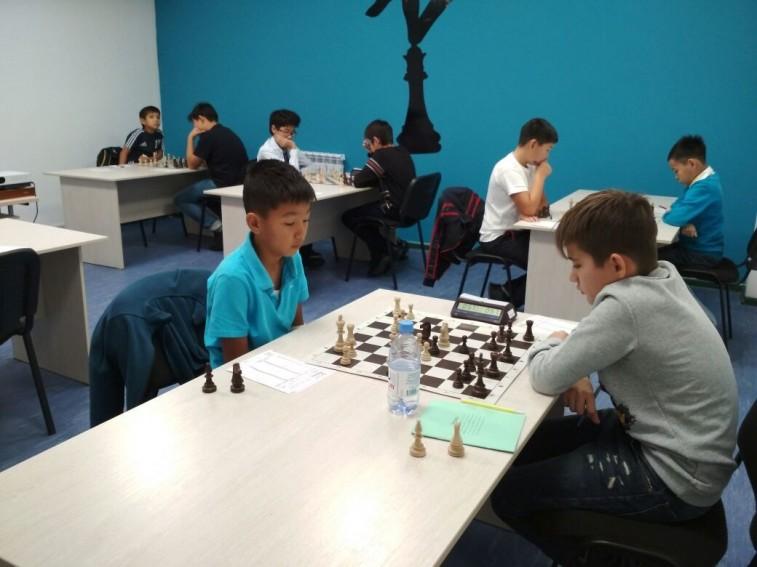 Жеребьевка 8 тура полуфинала чемпионата г. Астаны по шахматам среди детей 2008 г.р. и младше